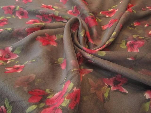 Jedwab szyfon malinowe kwiaty
