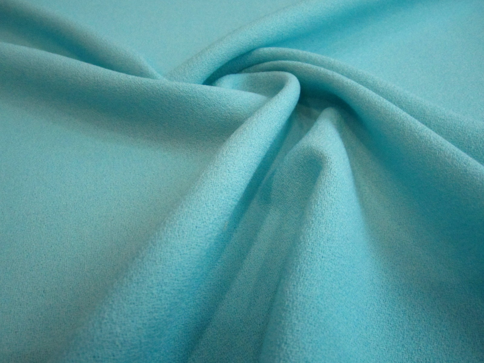 Wełna sukienkowa crepella premium pastelowa mięta