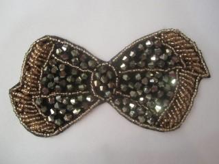 Kokarda taupe złoto haft kamienie termo duża