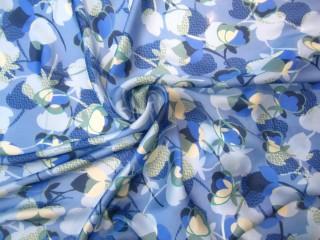 Jedwab krepa satynowana błękit królewski lazur wanilia kwiaty