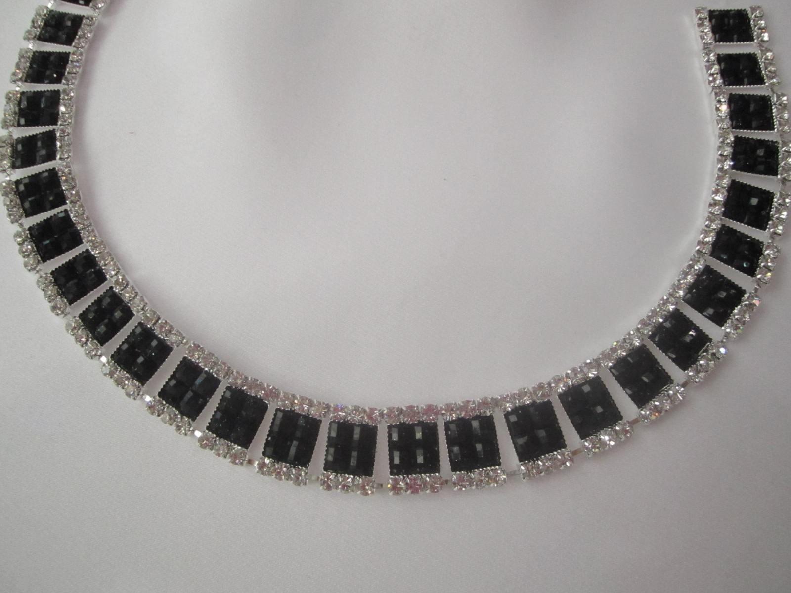Groovy Taśma kryształowa ozdobna czerń biel Swarovski - Binassi QD84